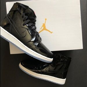 Nike- Woman's Air Jordan's 1 Rebel in Size 6 NWB